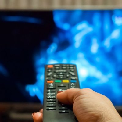 The Best Games to Play During TV Commercials