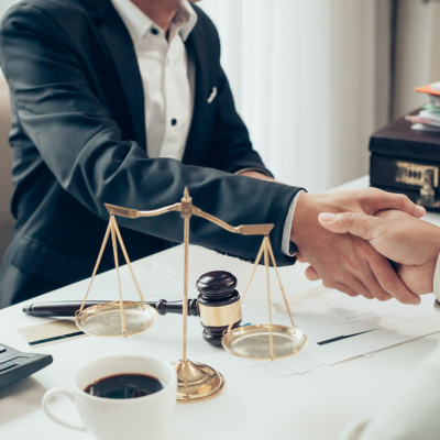 Top 5 Advantages Of Hiring A Personal Injury Lawyer For Your Case