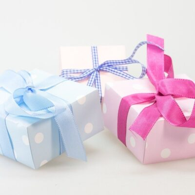4 Gifts to Send a Loved One Living Overseas